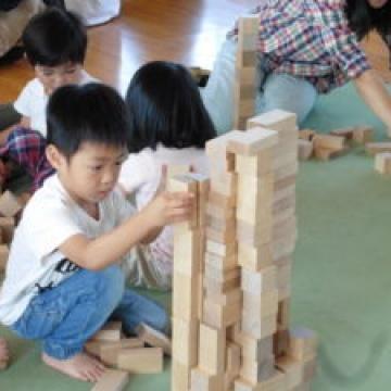 『清水子育て学習室いちごくらぶ』さんに木育に行ってきました♪