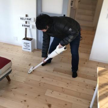 モデルハウスの掃除に行ってきました!!